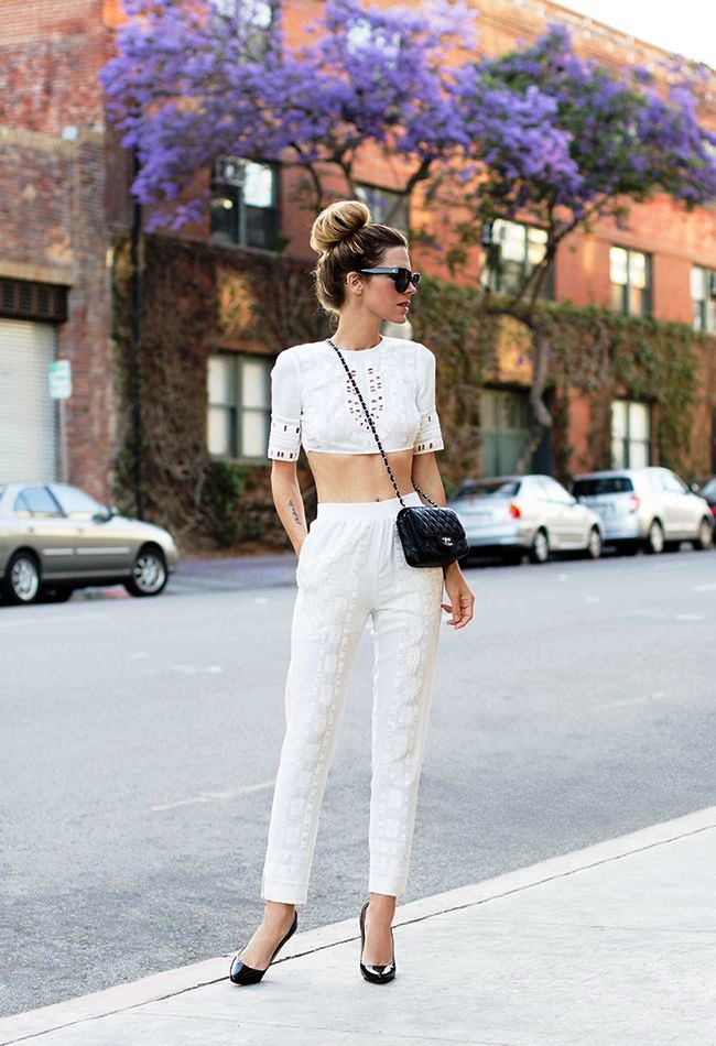 high-waisted white pant