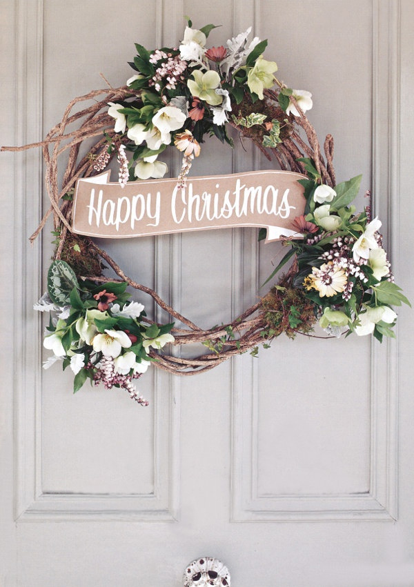 happy-christmas-wreath