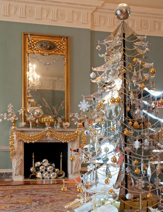 teal-and-gold-christmas-tree