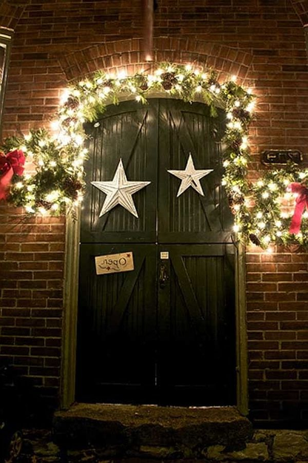 unique-christmas-door-decorating-ideas