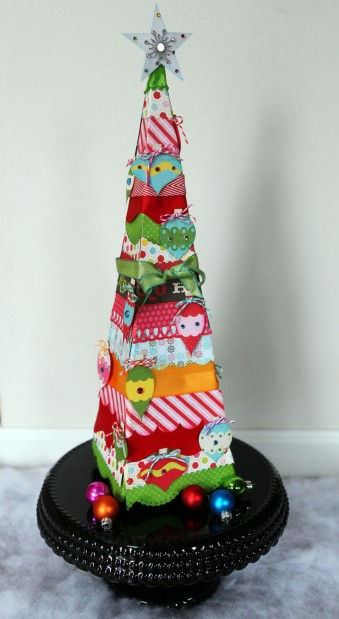 whimsical-paper-christmas-tree