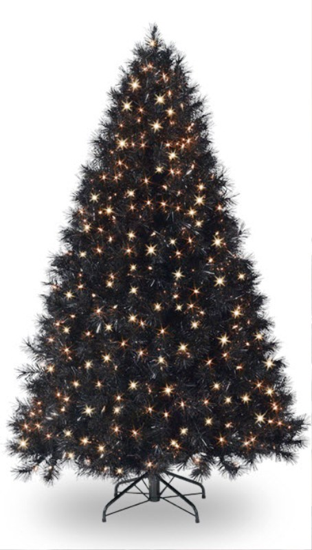 black-christmas-tree-2015