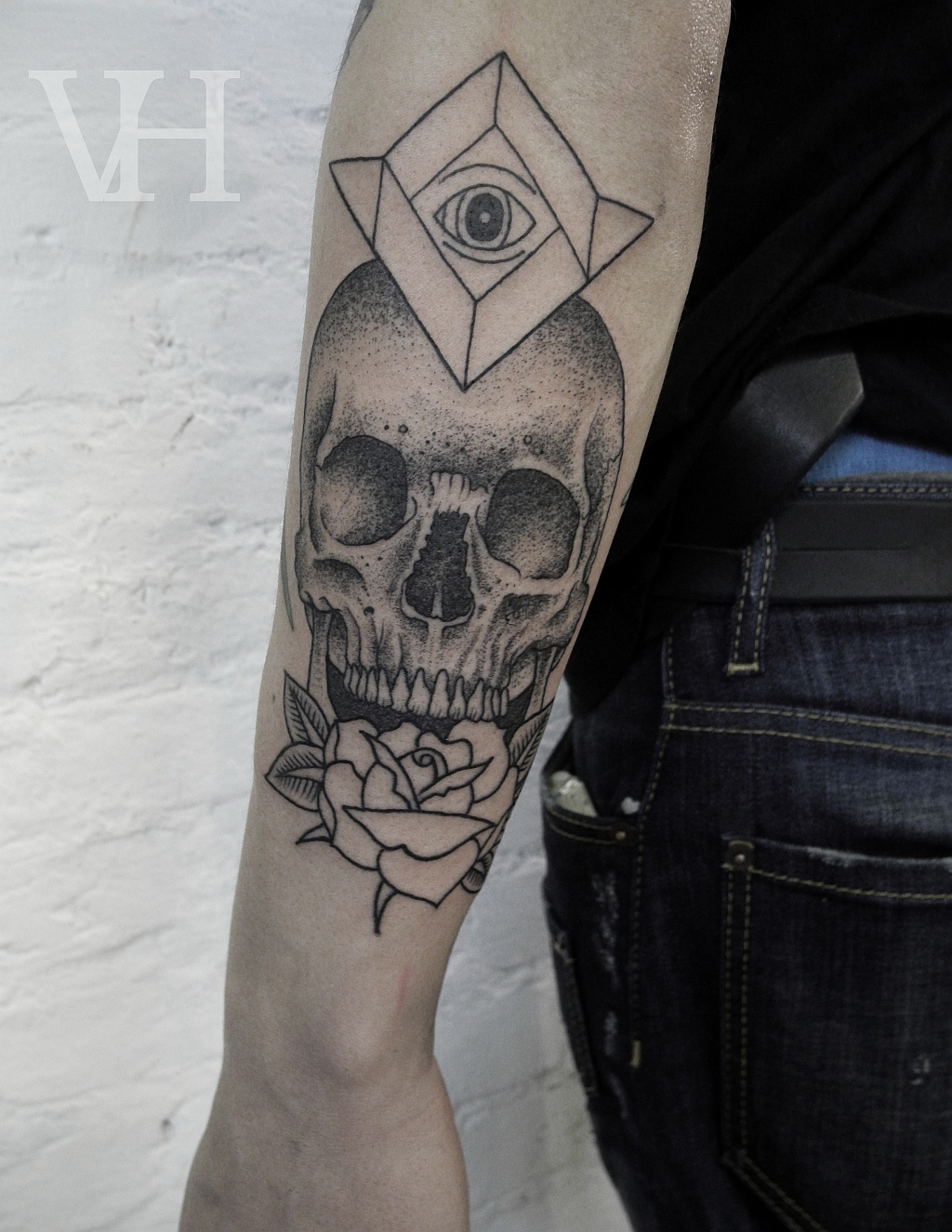 all-seeing-eye-and-skull-tattoo
