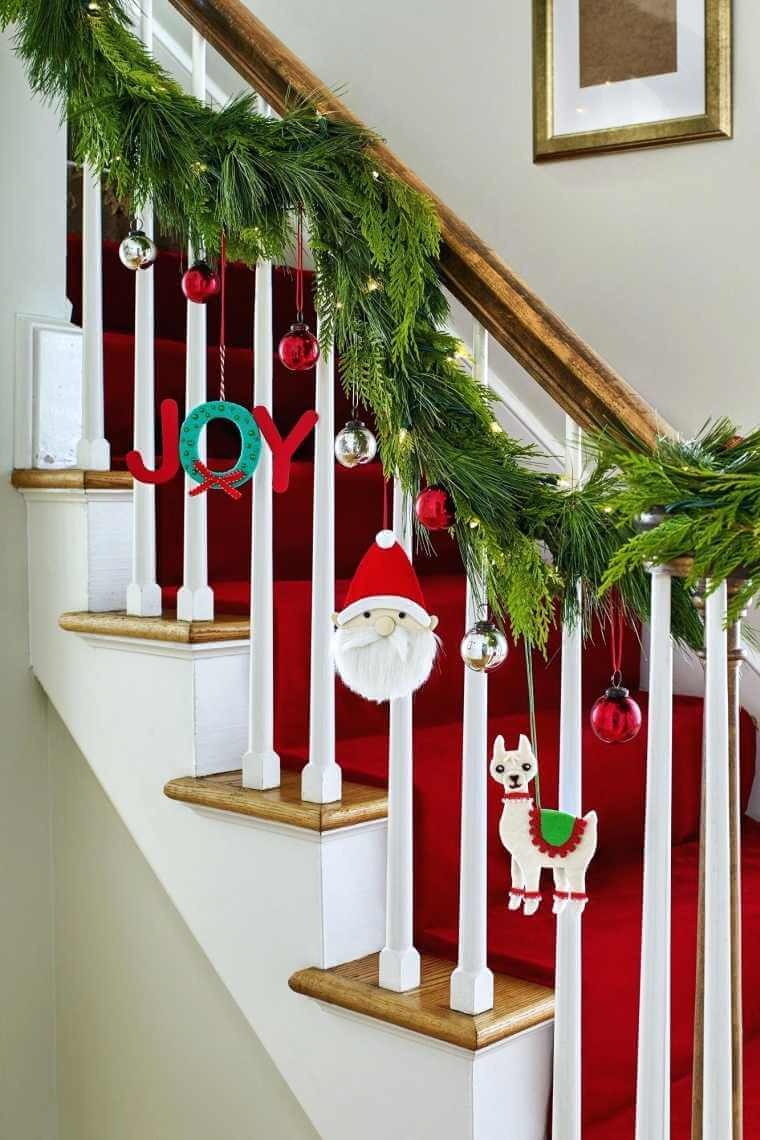 Decoration for the stair railing (1)