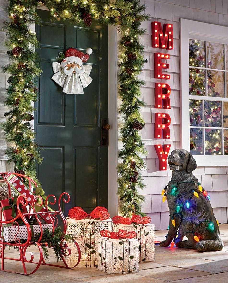 Make the front door welcoming and pretty by taking inspiration from the holiday season