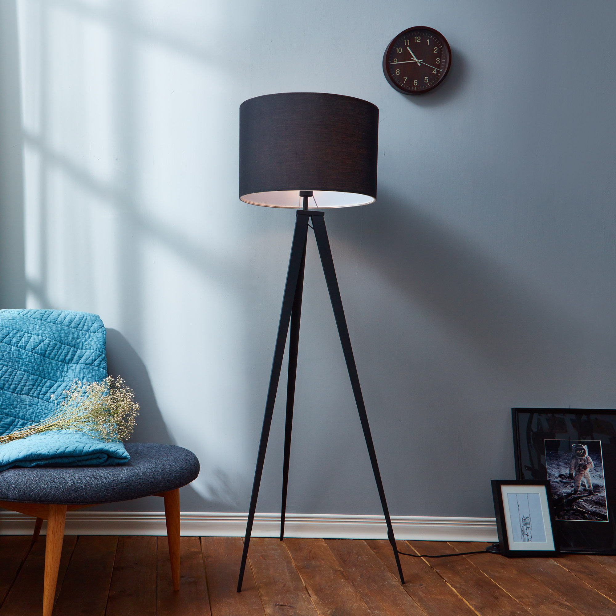 A black and gray accent lamp for contemporary interiors