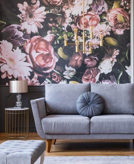 A stylish accent wall in a maximalist living room (1)
