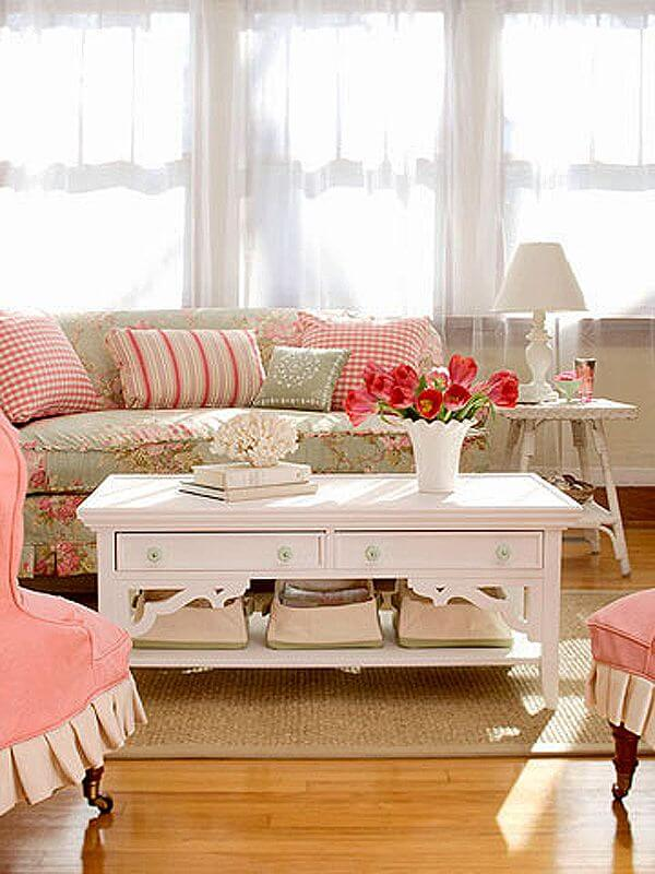 The pink living room (1)