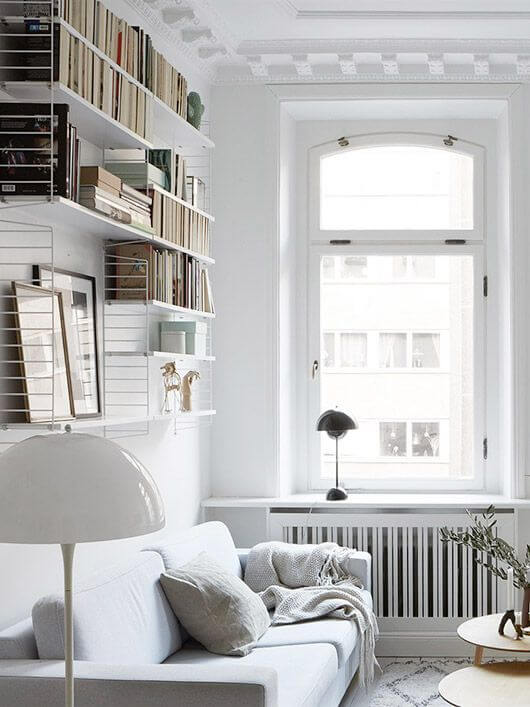 Dress the small living room in white (1)